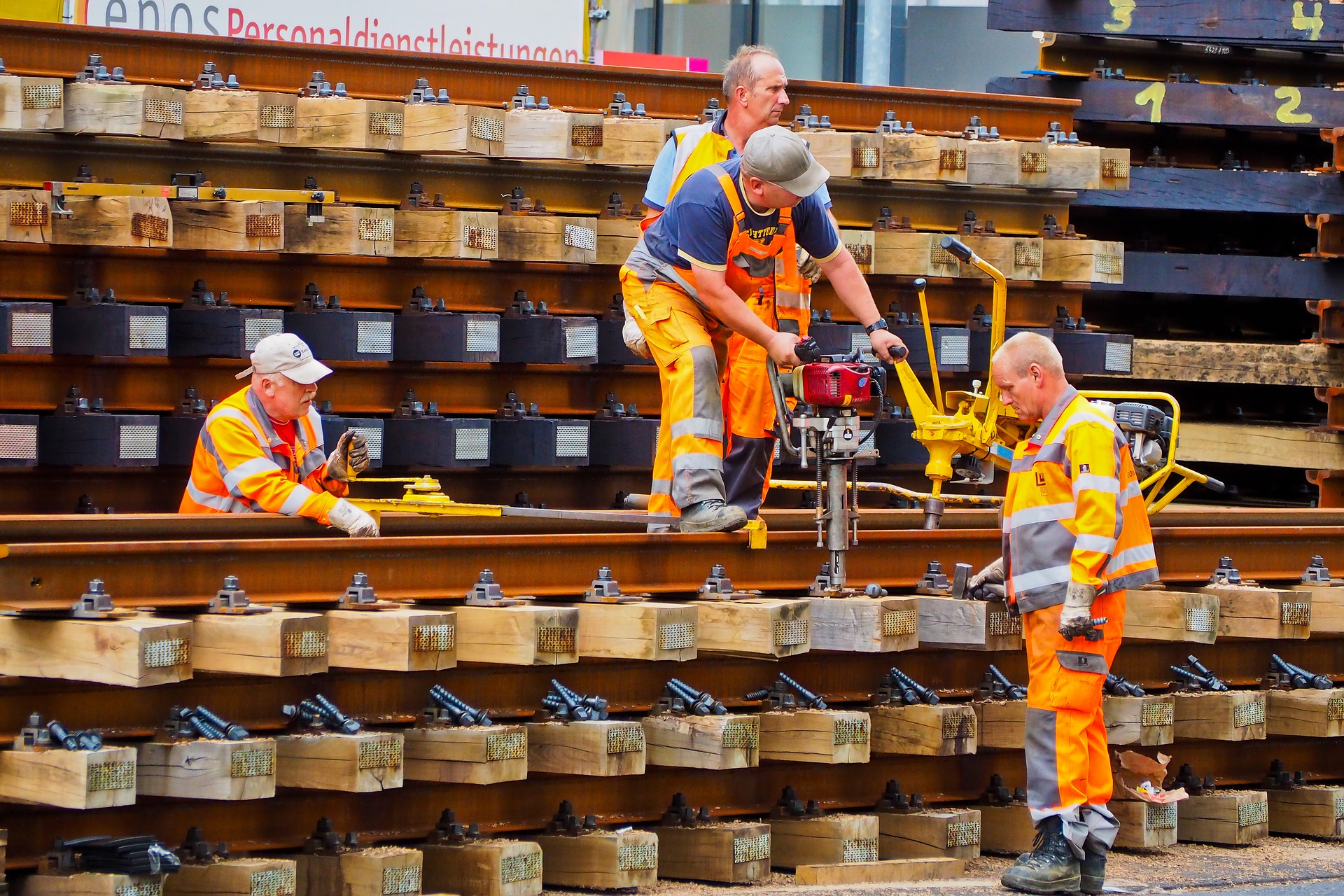 rail labor shortage proudfoot productivity